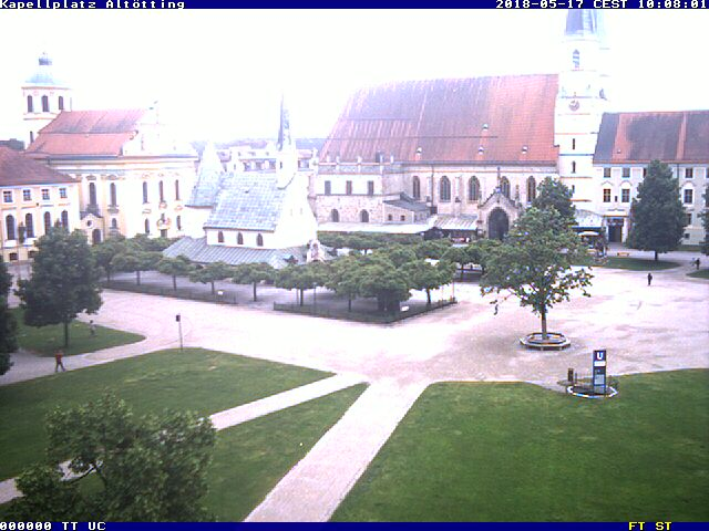 http://www.bayernwebcam.de/bilder/kapellplatz.jpg
