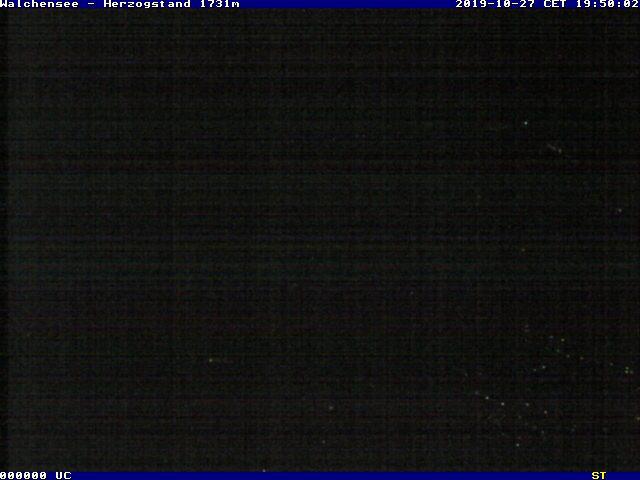 Webcam an der Herzogstandbahn mit südöstlicher Blickrichtung über den Walchensee zum Karwendel in die Alpen.